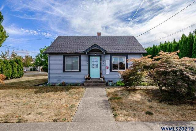 1438 SW 2nd St, Mcminnville, OR 97128 (MLS #783483) :: Song Real Estate