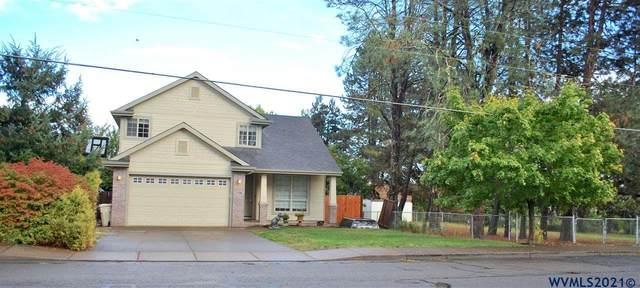 548 SE Uglow St, Dallas, OR 97338 (MLS #783650) :: Premiere Property Group LLC
