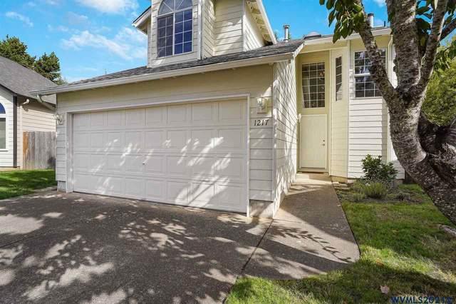 1217 NE Conroy Pl, Corvallis, OR 97330 (MLS #784703) :: Oregon Farm & Home Brokers