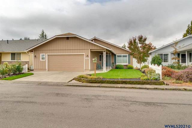 3349 Oakcrest Dr NW, Salem, OR 97304 (MLS #784916) :: Sue Long Realty Group