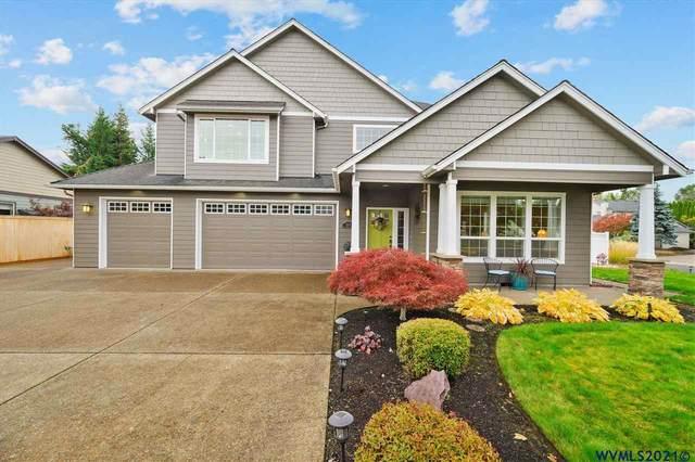 1157 SW Heather Ln, Dallas, OR 97338 (MLS #784973) :: Premiere Property Group LLC