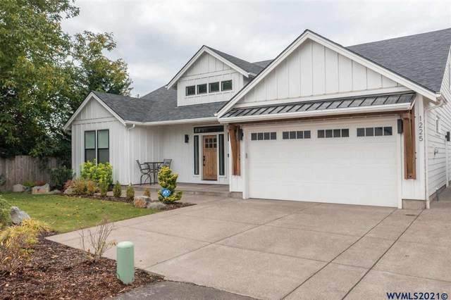 1225 Brown St, Woodburn, OR 97071 (MLS #785249) :: Song Real Estate