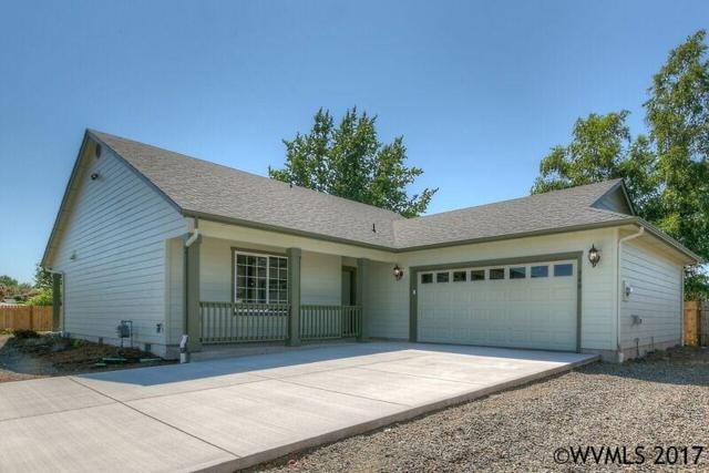 566 N 11th St, Aumsville, OR 97325 (MLS #721059) :: HomeSmart Realty Group