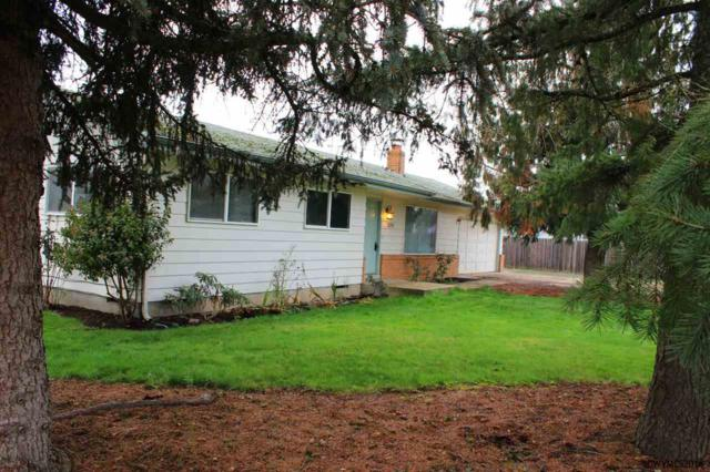 220 N Cedar St, Yamhill, OR 97148 (MLS #728482) :: HomeSmart Realty Group