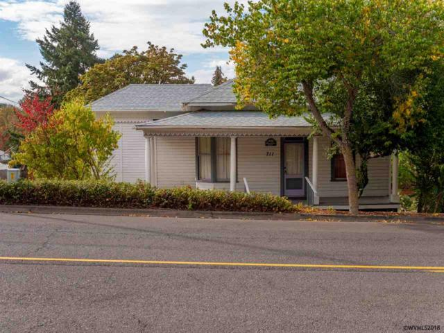 711 N Main St, Brownsville, OR 97327 (MLS #740137) :: HomeSmart Realty Group
