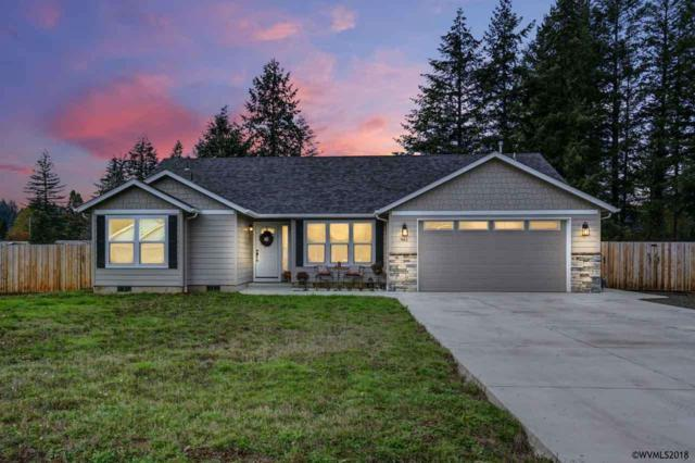 961 6th St, Lyons, OR 97358 (MLS #741355) :: HomeSmart Realty Group