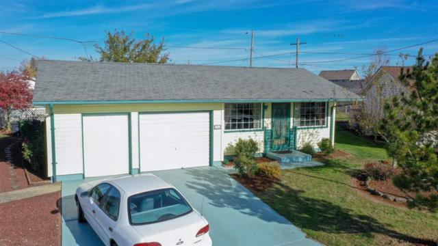 1511 Country Club  Cir, Woodburn, OR 97071 (MLS #741659) :: HomeSmart Realty Group
