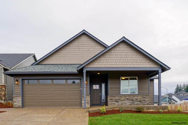 5692 Mt Rushmore St SE, Salem, OR 97306 (MLS #742207) :: HomeSmart Realty Group