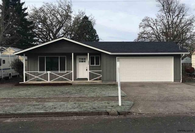 340 S 6th St, Lebanon, OR 97355 (MLS #742368) :: HomeSmart Realty Group