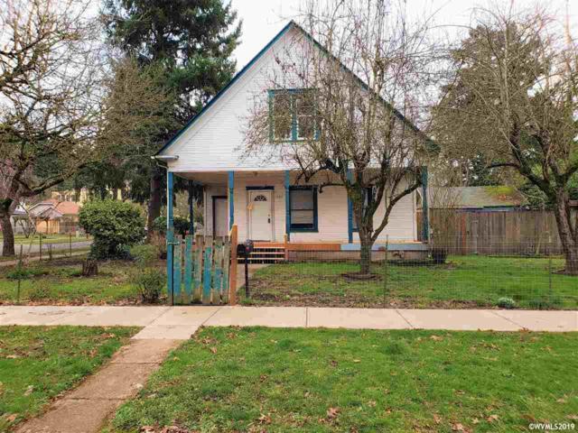 1090 18TH St NE, Salem, OR 97301 (MLS #744826) :: HomeSmart Realty Group