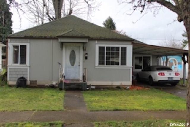 2475 Myrtle, Salem, OR 97301 (MLS #745014) :: HomeSmart Realty Group