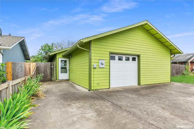2023 Cypress Ct, Lebanon, OR 97355 (MLS #750337) :: Gregory Home Team