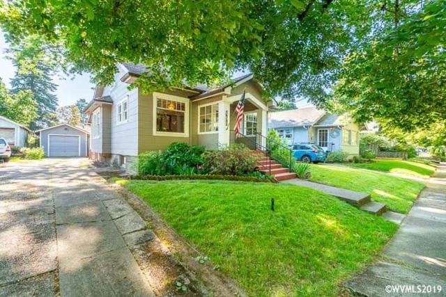 498 23rd St SE, Salem, OR 97301 (MLS #750431) :: Hildebrand Real Estate Group