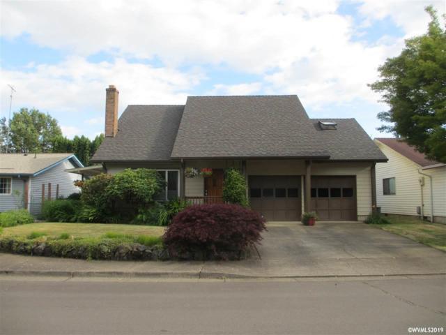 902 NW Oak Av, Corvallis, OR 97330 (MLS #750843) :: Gregory Home Team