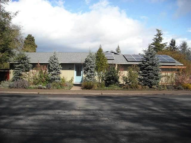2040 SE Bethel St, Corvallis, OR 97333 (MLS #761960) :: Song Real Estate