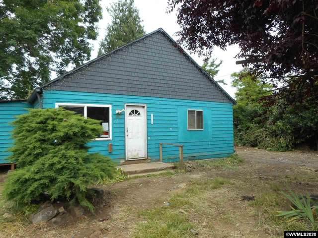 840 Cascade Dr, Lebanon, OR 97355 (MLS #765920) :: Song Real Estate