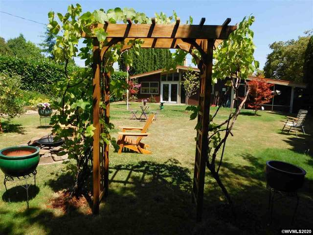 924 NW 30th St, Corvallis, OR 97330 (MLS #767120) :: Gregory Home Team