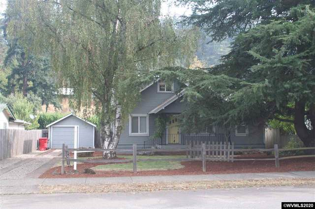 913 S Water St, Silverton, OR 97381 (MLS #768886) :: Gregory Home Team