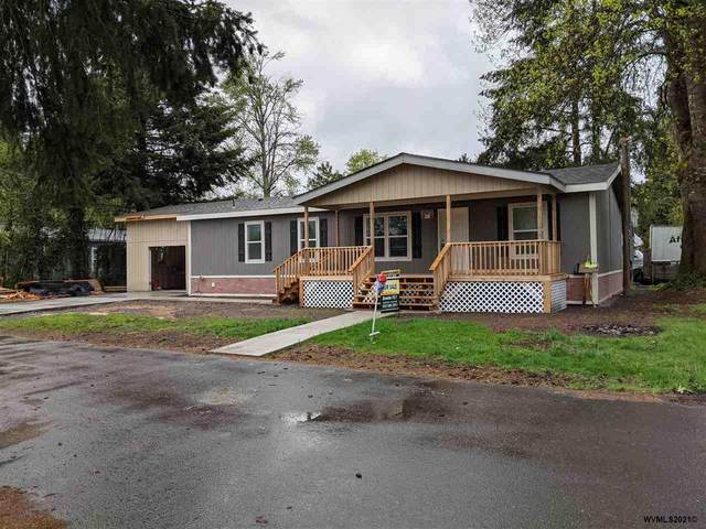 636 SE 3rd Av, Mill City, OR 97360 (MLS #772429) :: Premiere Property Group LLC