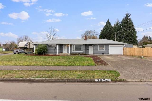 3506 Royal Av, Eugene, OR 97402 (MLS #772934) :: The Beem Team LLC