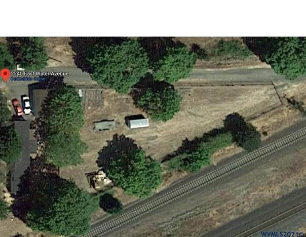 2240 Water NE, Albany, OR 97321 (MLS #773589) :: Oregon Farm & Home Brokers