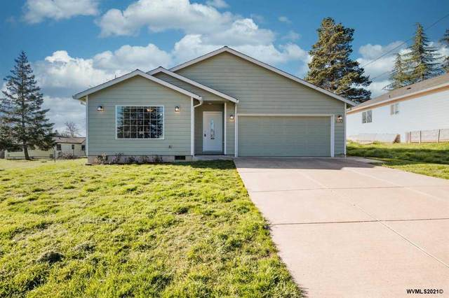 1133 SW Maple St, Dallas, OR 97338 (MLS #775949) :: Change Realty
