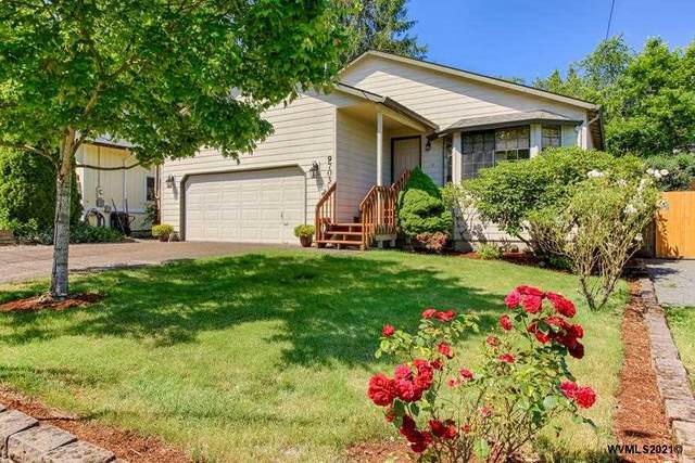9703 SW 51st Av, Portland, OR 97219 (MLS #776613) :: Premiere Property Group LLC