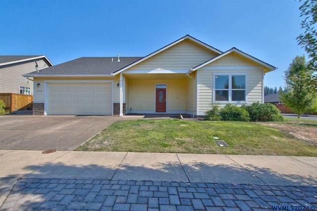 1448 Meadow Dr, Silverton, OR 97381 (MLS #782613) :: Oregon Farm & Home Brokers