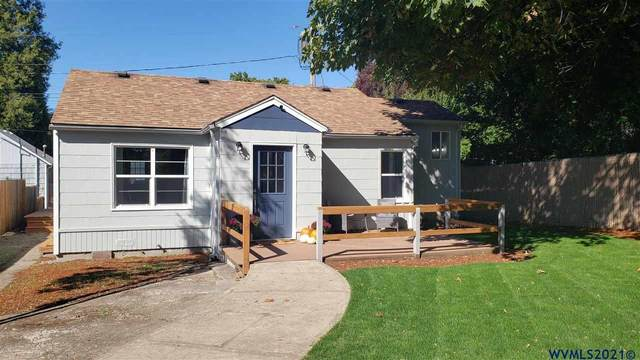823 15th St NE, Salem, OR 97301 (MLS #784393) :: Sue Long Realty Group