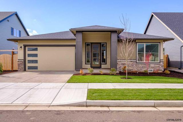 563 SE Cooper St, Dallas, OR 97338 (MLS #734482) :: HomeSmart Realty Group