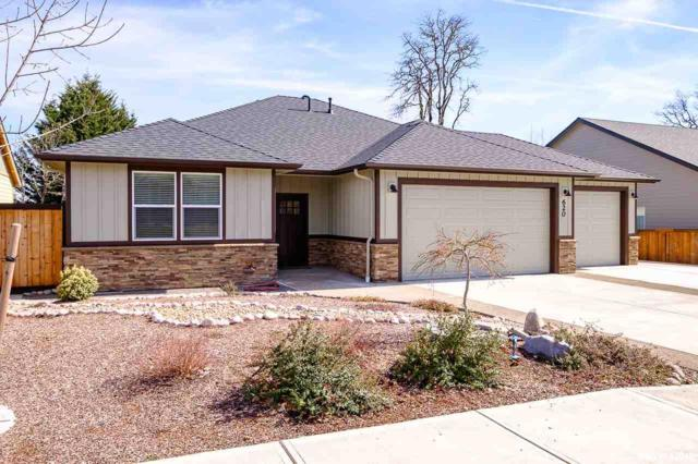 620 NW Hillcrest Dr, Dallas, OR 97338 (MLS #745877) :: HomeSmart Realty Group