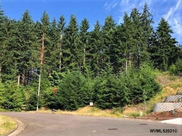 812 Hawk, Silverton, OR 97381 (MLS #776747) :: Oregon Farm & Home Brokers