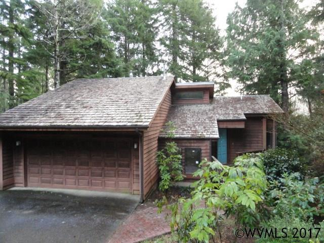 109 Salishan Dr, Gleneden Beach, OR 97388 (MLS #722948) :: HomeSmart Realty Group