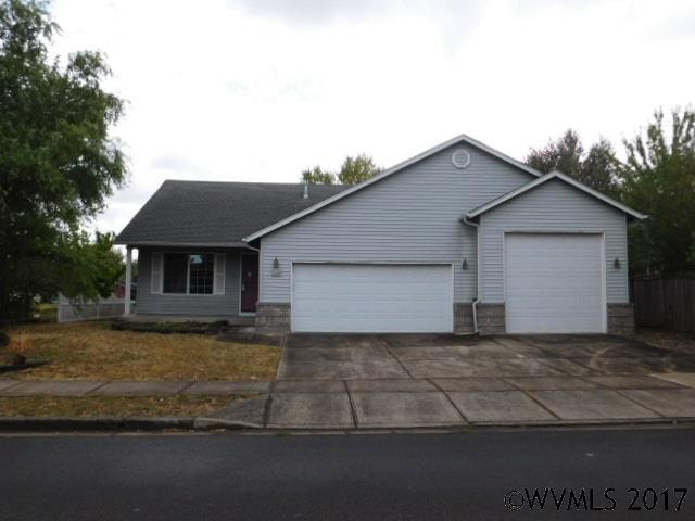 1203 S 6th St, Independence, OR 97351 (MLS #724343) :: Sue Long Realty Group
