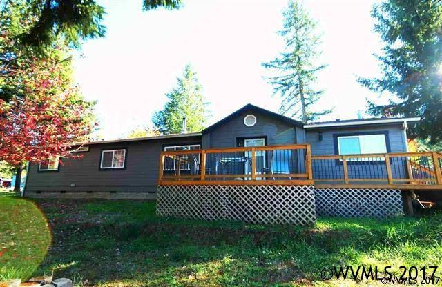 38345 St Louis St, Lebanon, OR 97355 (MLS #724667) :: Sue Long Realty Group