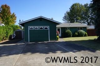 1115 S 4th St, Independence, OR 97351 (MLS #724697) :: Sue Long Realty Group