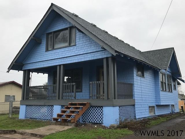 164 N Williams St, Independence, OR 97351 (MLS #726390) :: Sue Long Realty Group