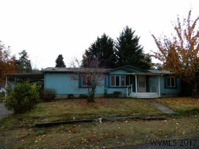 937 Birch St, Sweet Home, OR 97386 (MLS #726791) :: HomeSmart Realty Group