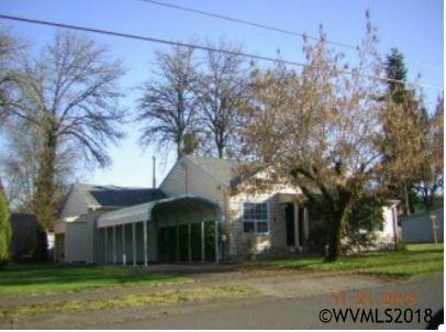 825 5th Av, Sweet Home, OR 97386 (MLS #728481) :: HomeSmart Realty Group