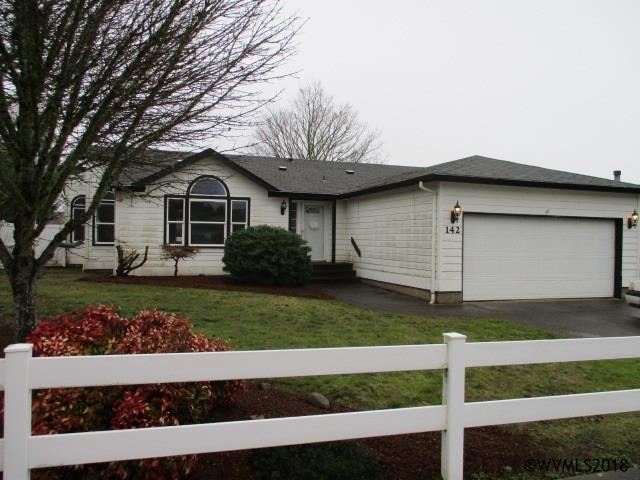 142 SW Oregon Trail Dr, Dallas, OR 97338 (MLS #729487) :: HomeSmart Realty Group