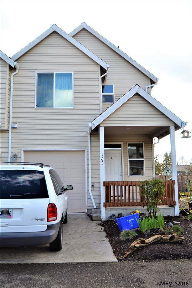 162 Fenton Av, Molalla, OR 97038 (MLS #730670) :: HomeSmart Realty Group