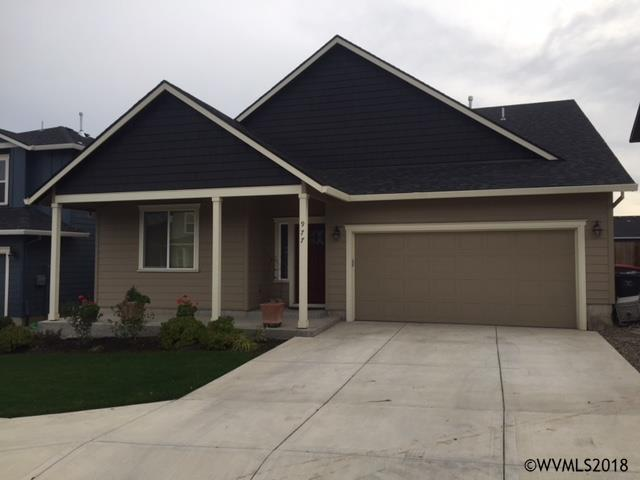 977 16th St, Lafayette, OR 97127 (MLS #731997) :: HomeSmart Realty Group