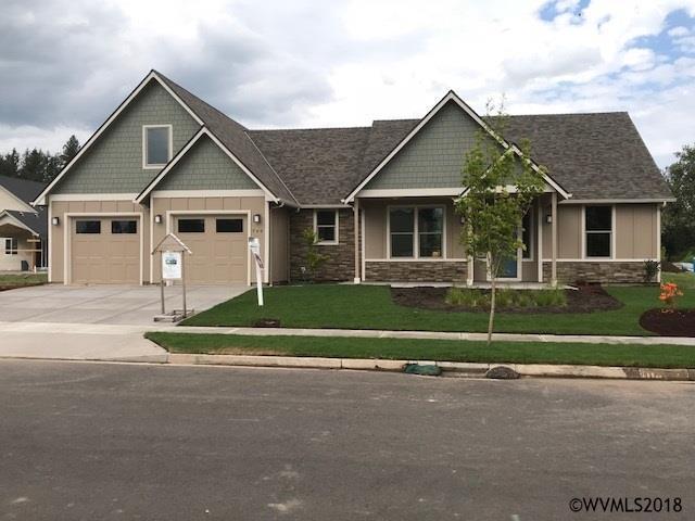 749 Rabbit Run St, Stayton, OR 97383 (MLS #733950) :: HomeSmart Realty Group