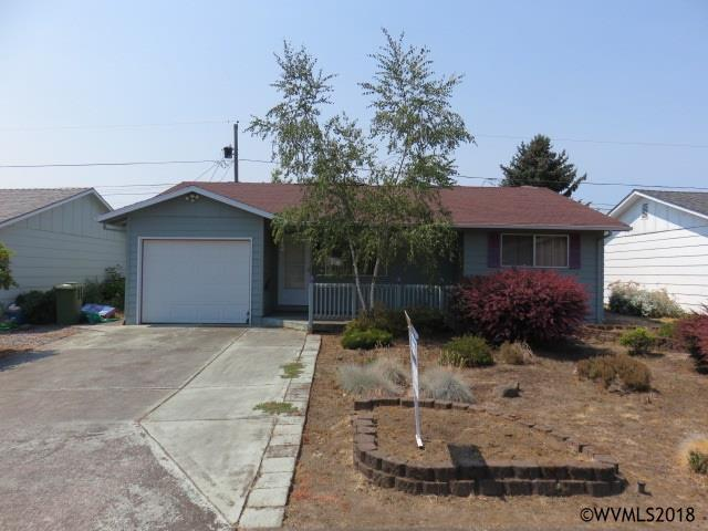 1445 Umpqua Rd, Woodburn, OR 97071 (MLS #739230) :: HomeSmart Realty Group