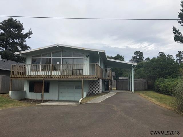 5780 Hacienda Av, Gleneden Beach, OR 97367 (MLS #742478) :: HomeSmart Realty Group