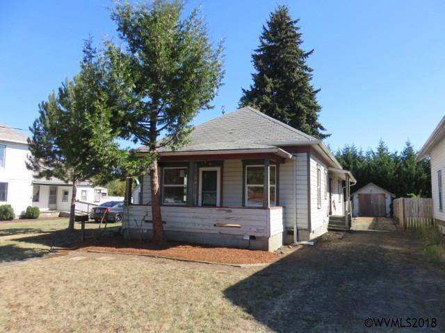 223 SE Schley St, Sheridan, OR 97378 (MLS #742712) :: HomeSmart Realty Group