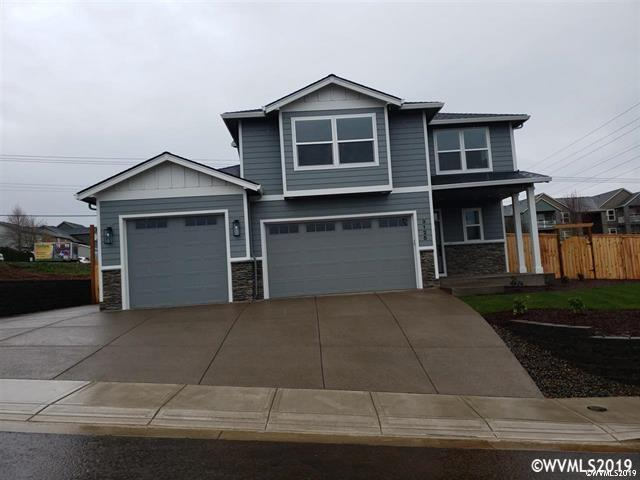 123 NW Beaver Ct, Dallas, OR 97338 (MLS #745694) :: HomeSmart Realty Group