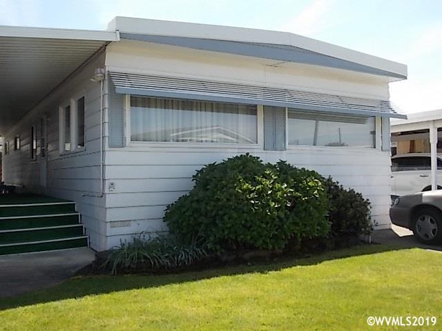 5422 Portland NE #33, Salem, OR 97305 (MLS #748643) :: Gregory Home Team