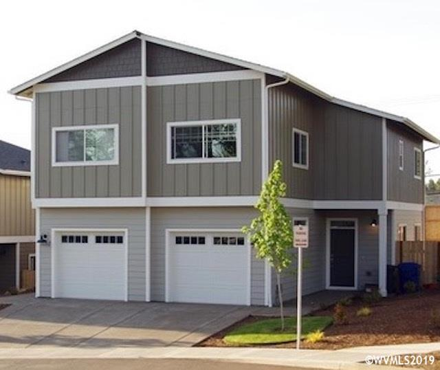 1055 Big Fir (& 1057) S, Salem, OR 97306 (MLS #750596) :: The Beem Team - Keller Williams Realty Mid-Willamette