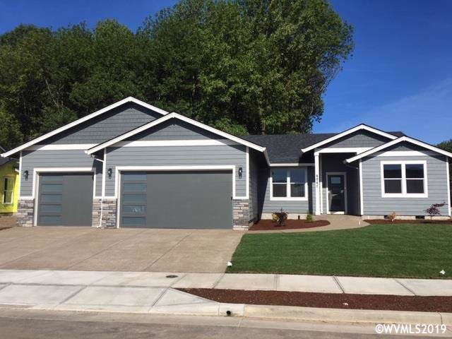 3014 Clearwater Dr NE, Albany, OR 97321 (MLS #757444) :: Gregory Home Team